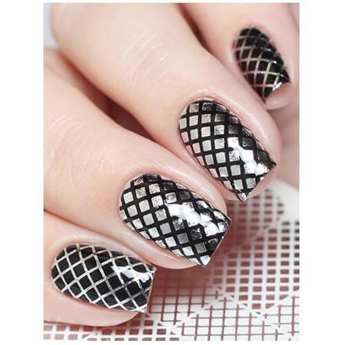 Milvart F21 Silver Stripes Transfer Nail Art Decal use on nail varnish or gel polish.